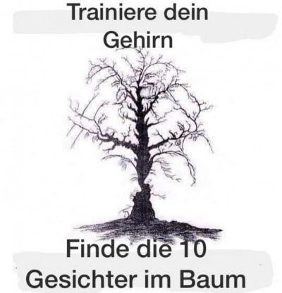 Baum mit 10 Gesichtern